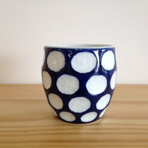 Tas blauw met witte stippen/Cup blue with white dots