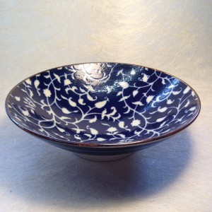 Kom do blauw met witte tekening / Bowl dark blue with white design
