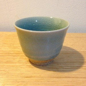 Theetas bleek blauw laag/Tea cup light blue low.
